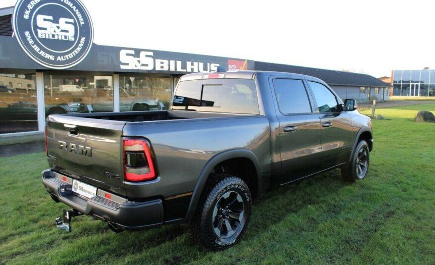 Dodge RAM 1500 V8 Hemi Rebel aut.