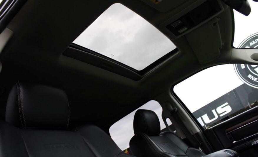 Dodge RAM 1500 V8 Laramie Crew Cab aut.