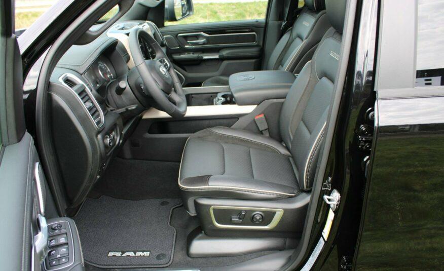 Dodge RAM 1500 V8 Hemi Laramie Night aut.